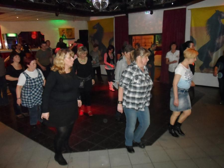 Tanz Linedance-Party Wust